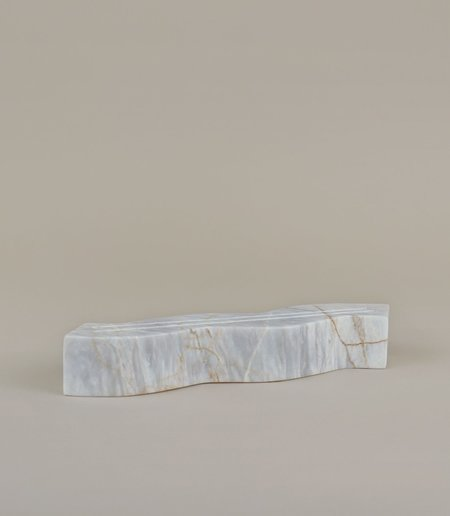 MAAARI WAVY CARD HOLDER