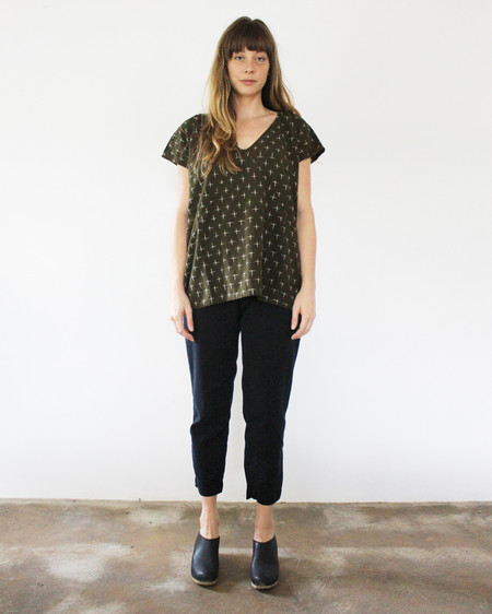 esby AVERY TUNIC TOP - OLIVE IKAT