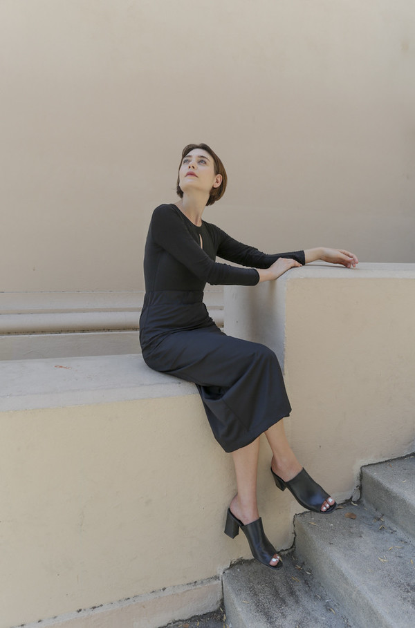 Suzanne Rae Elastic Waist Pencil Skirt in Black