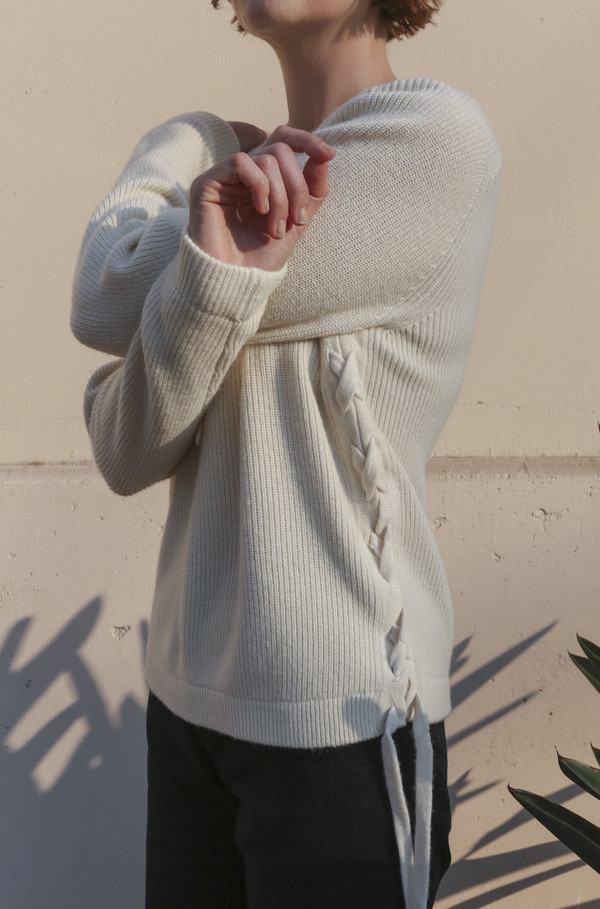 SVILU Lace-up Sweater in Ivory