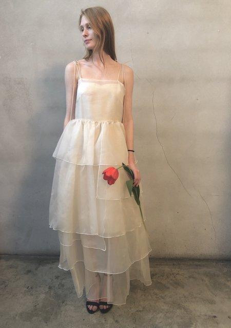 Kamperett LAURENCE TIERED SILK ORGANZA MAXI DRESS