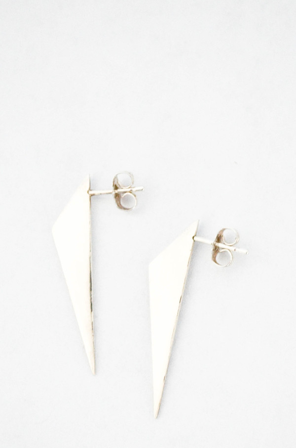 T.Kahres Sterling Silver Scalene Stud Earrings