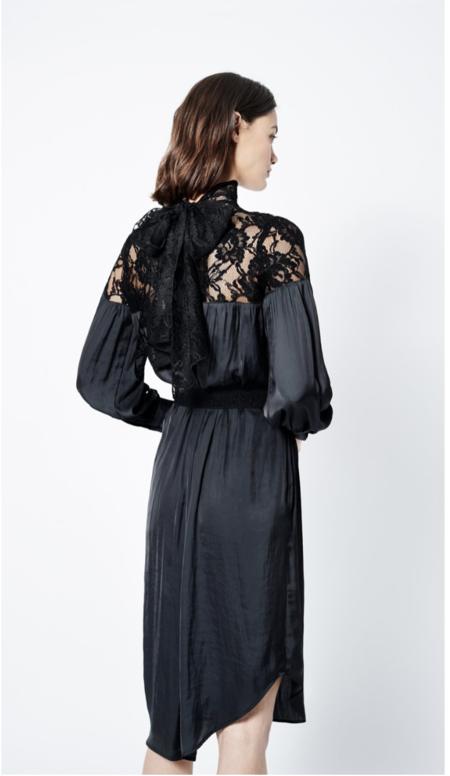 Smythe Belted Lace Dress - black