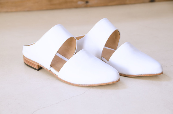 Zou Xou  Mule in White