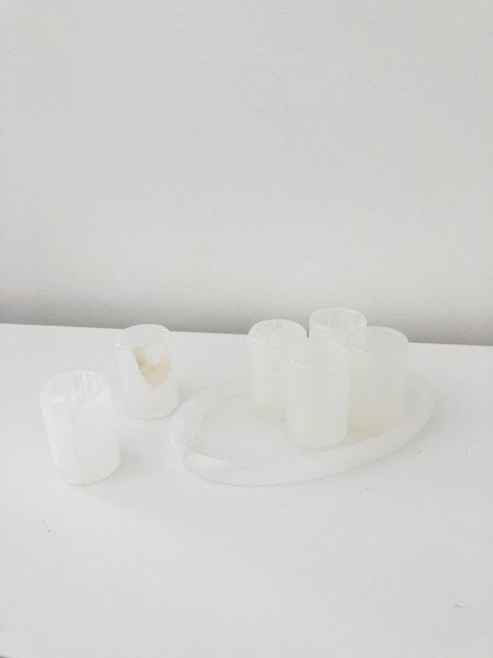 HAND-CARVED WHITE ONYX TEQUILA KIT