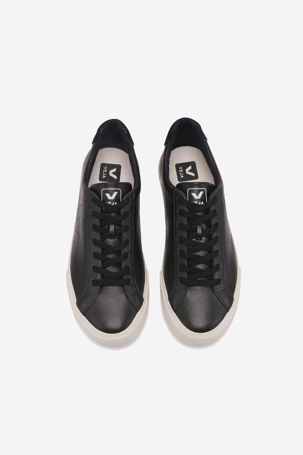 VEJA Esplar Sneaker in black
