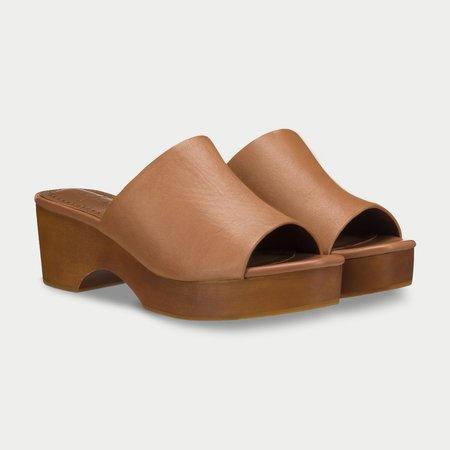 AoverA Drew Platform sandal - Tan