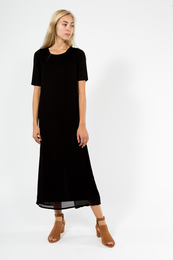 7115 by Szeki Layered T-Shirt Maxi