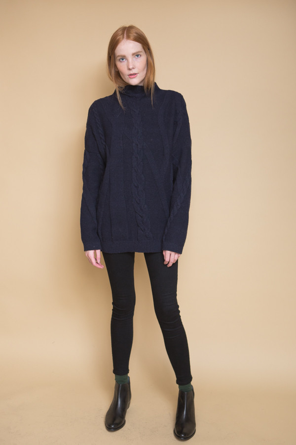 Reality Studio Cable Pullover / Navy