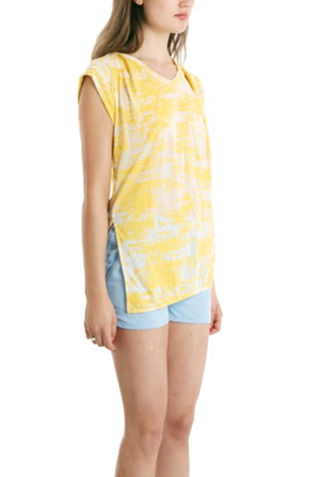 3.1 Phillip Lim Slant Hem Burnout Muscle T-Shirt - Yellow