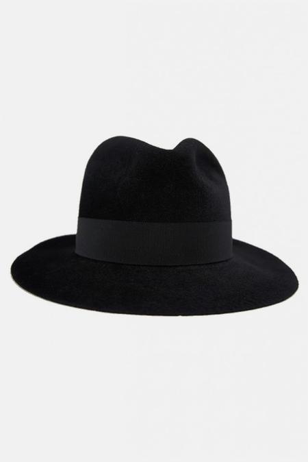 Robert Geller Raphael Hat - Black