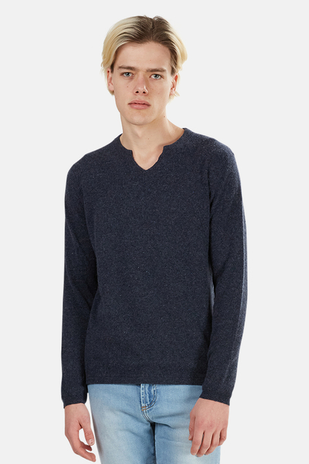 Blue&Cream Cashmere Modified V-neck Sweater - Nightsky
