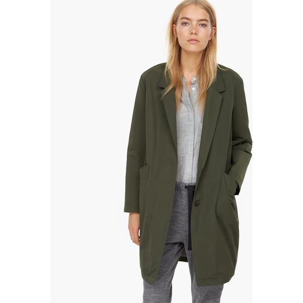 closed jones overcoat