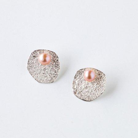 Isabelle Kapsaskis Flora Pearl Ear Jacket Earrings - silver/pink