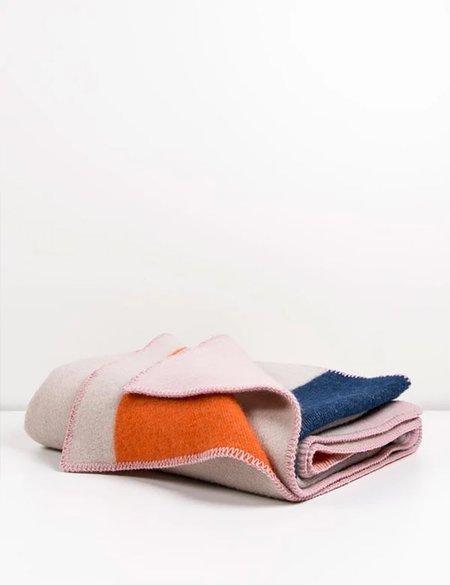 ZigZag Zurich Bauhaused 2 Wool Blanket  - Pink