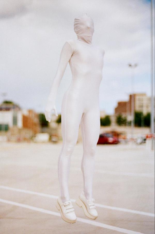 SALE - De Ubieta Detractis