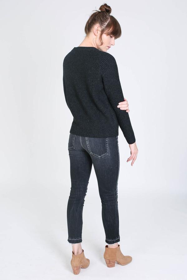 Evam Eva Wool cashmere raglan pullover in charcoal