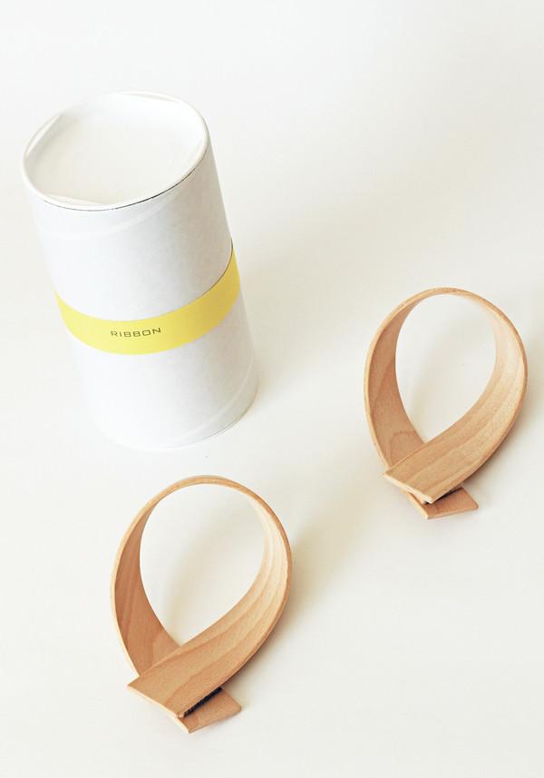Akiko Kuwahata Wooden Ribbon Wall Hooks