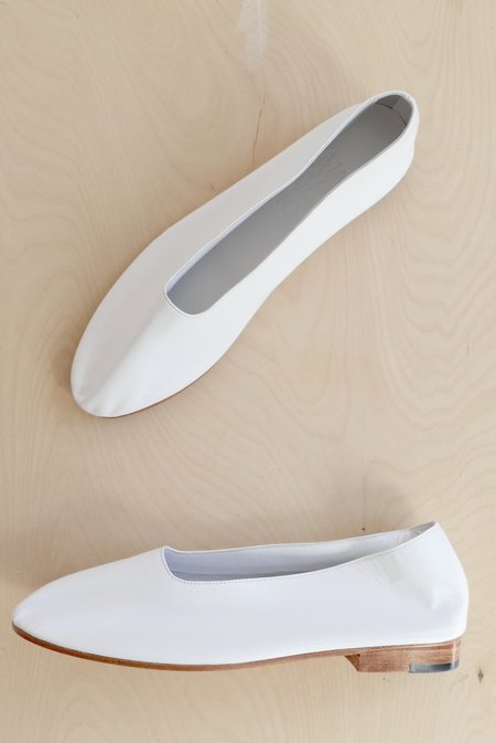 MARTINIANO GLOVE SHOE - WHITE