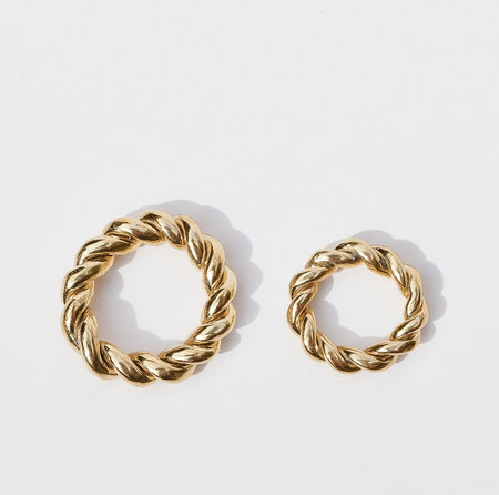 Luiny Thumb &amp Pinky Interlaced Rings