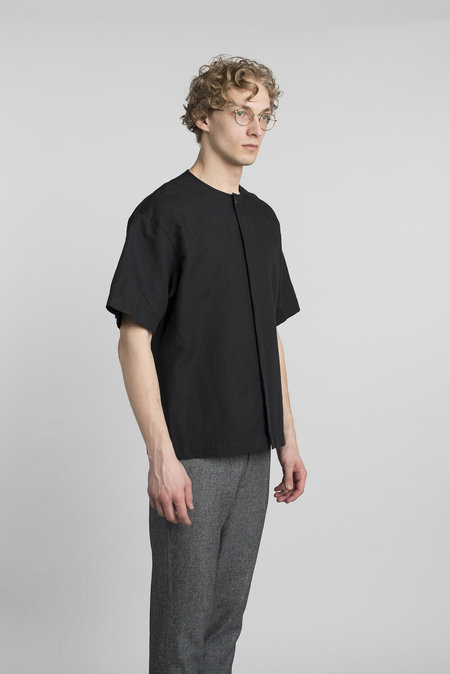 Delikatessen Short Sleeve Cotton/Linen Shirt - Black