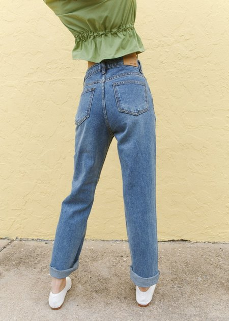 JOWA. Sleek Straight Leg Blue Jeans