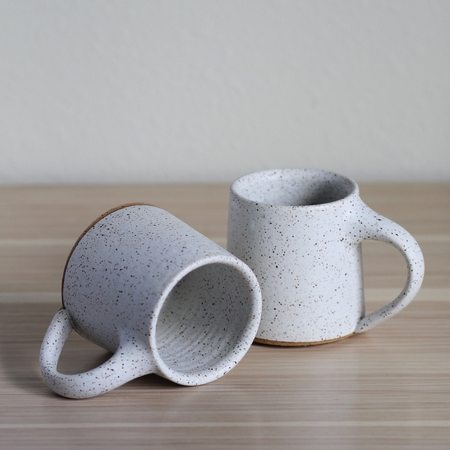 ARTISAN ARTIFACTS Speckled Mug