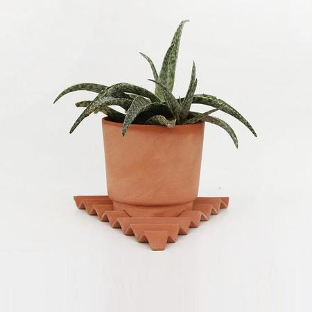 Wyatt Little Acute Planter - Terracotta