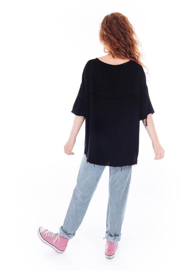 Black Crane Square Top (Black)