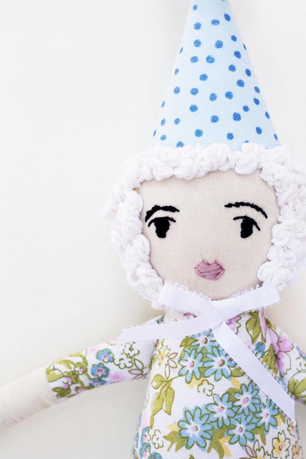 Polka-Dot Peanut Parade parade party doll - jesse