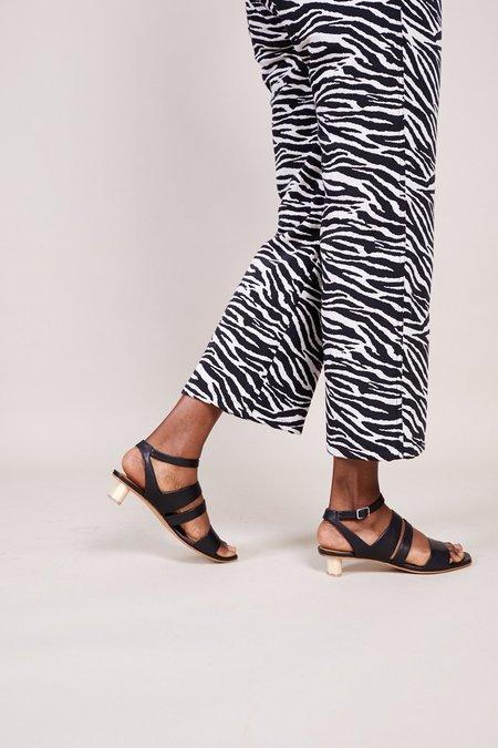 Coclico Sloan Sandal - Frida Black