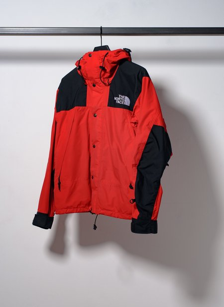 Vintage TNF Mountain Jacket - Red/Black
