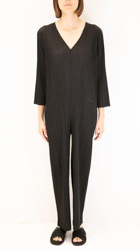 Issey Miyake Pleats Please V-Neck Jumpsuit - Black