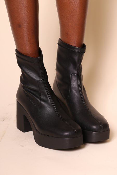 """INTENTIONALLY __________."" Marlowe Boots - Black Vegan"