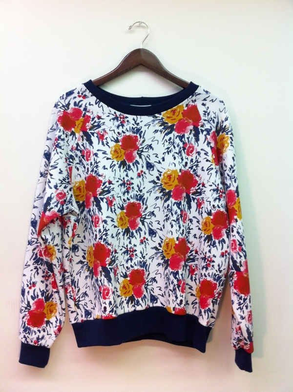 ELEY KISHIMOTO Raglan sweatshirt imprint