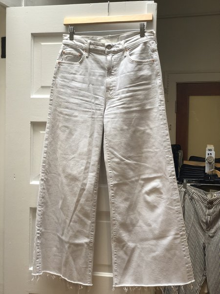 [Pre-loved} Mother Denim The Undercover Ankle Fray Jeans - Chalk