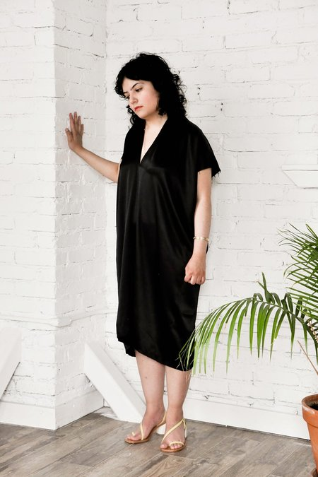 Miranda Bennett Silk Charmeuse Petite Everyday Dress - Black