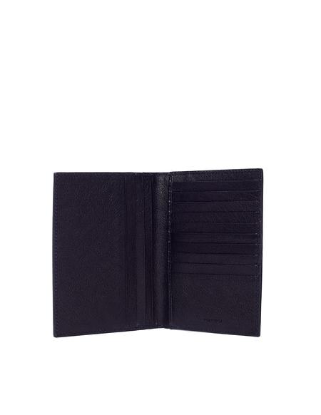 Ugo Cacciatori Leather Passport Wallet - Black