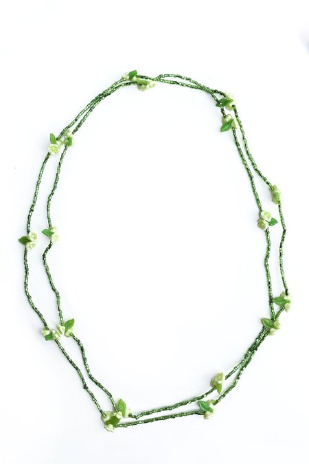 Vintage petite seed bead and flower long necklace - green