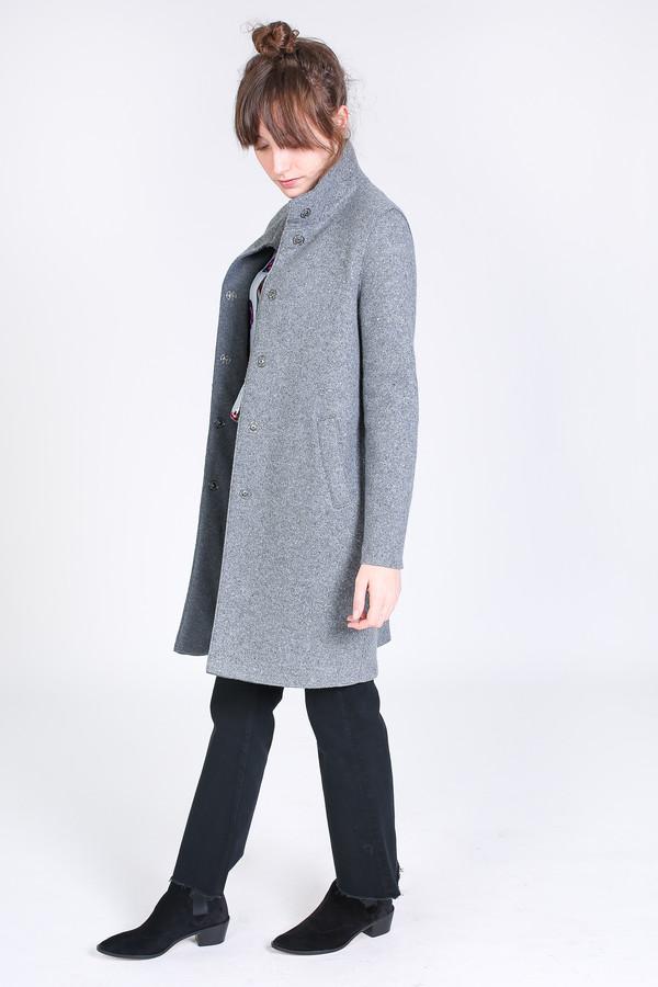 Harris Wharf London Egg shaped coat in light grey