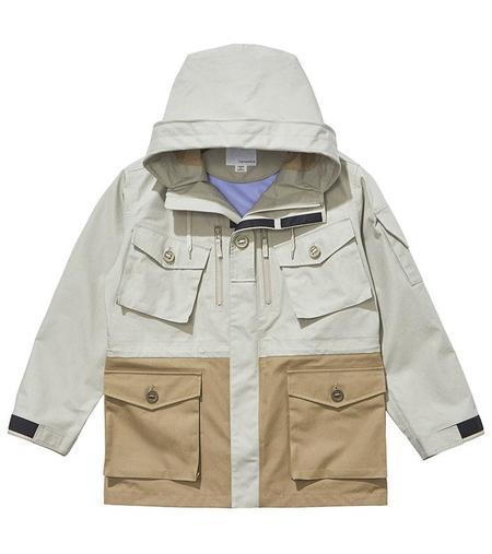 Nanamica GORE-TEX® Cruiser Jacket - Pale Grey/Beige