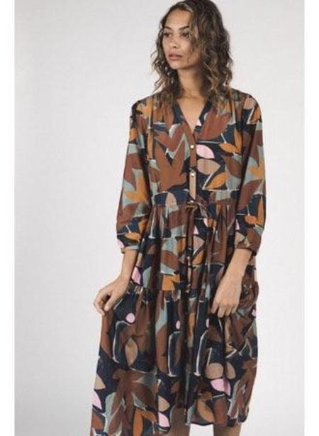 Trovata Ainsley Dress - Foliage Print
