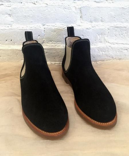 PENELOPE CHILVERS Suede Shearling Safari Chelsea Boot - Black