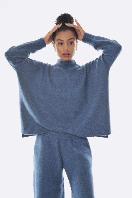 Oyuna Fluff Long Sleeve Pullover - Dove