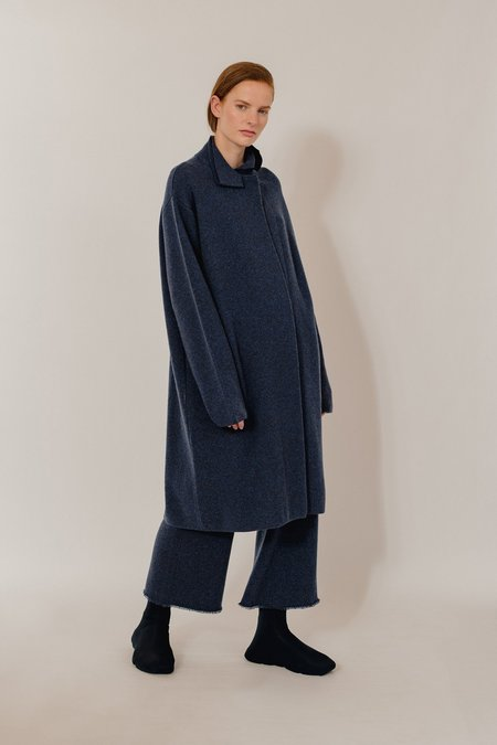 Oyuna Noa Knitted Luxurious Cashmere Coat - Dark Blue Rain
