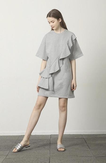 E:CLE FLY RUNWAY Ruffled Cotton Dress - Grey