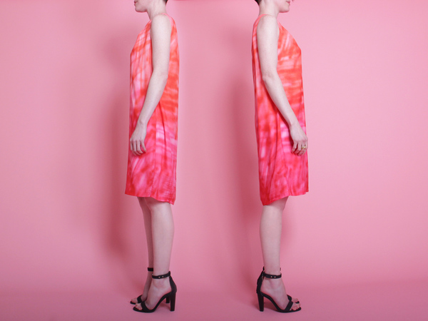 ffiXXed Soft Spray Dress - Orange/Pink Spray