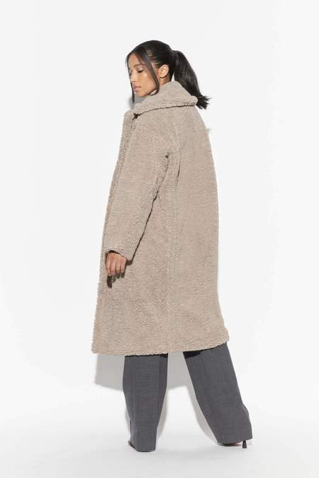 Apparis Daryna Faux Shearling Coat - Taupe