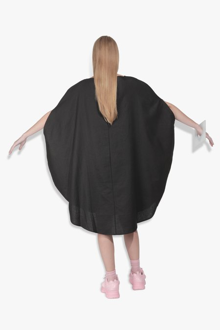 The Celect Circle Dress - Black