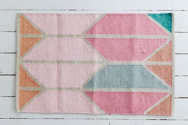 SHAPES RUGS - PINK (VARIOUS SIZES)